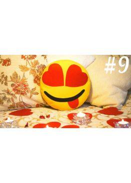 ПОДУШКА-СМАЙЛИК EMOJI #9 Влюбленный озорник