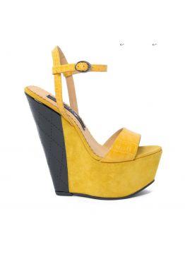 Жёлтые женские босоножки