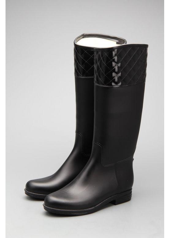 Купити онлайн Чорні жіночі гумові чоботи недорого по ціні 733 грн ... 8c0d25011c8d9